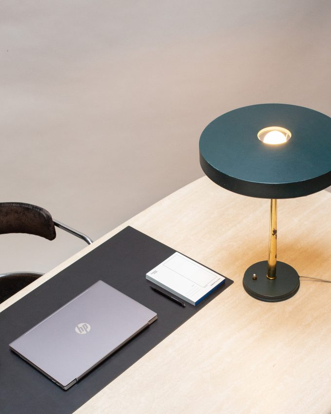 desk-pad-80-x-45-black