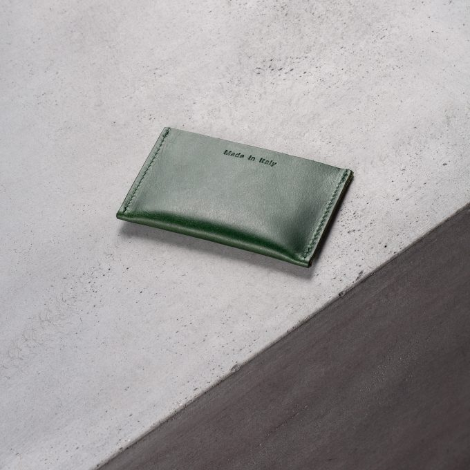 card-slot-green-leather-accessories-gifts